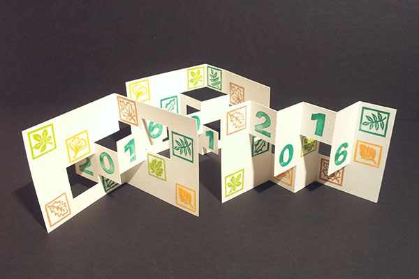 Ensemble des trois cartes de voeux 2016, kirigami avec motifs arboricoles