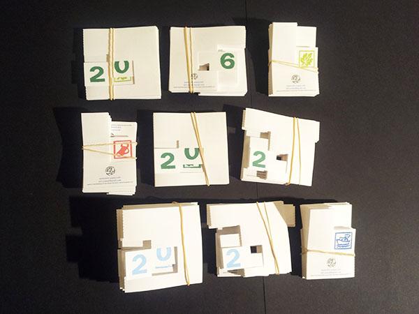 Mise en production des cartes de voeux 2016 en kirigami, version imprimées, cartes pliées
