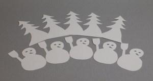 Etiquettes de table avec sapin et bonhomme de neige