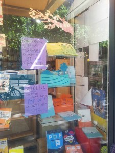 Vitrine librairie Atout livre, Paris 12e