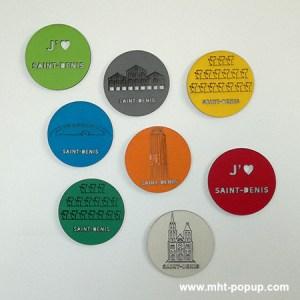 Magnets en couleur avec motifs gravés du patrimoine de Saint-Denis