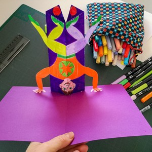 Carte pop-up Acrobate, animation d'un atelier