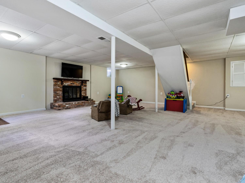 Photo of 8508 Varsity Court, Annandale, VA 22003