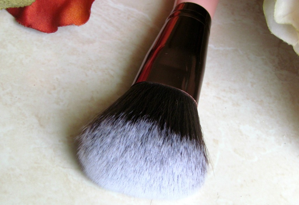 LuxieBeauty_MakeupBrushes_3