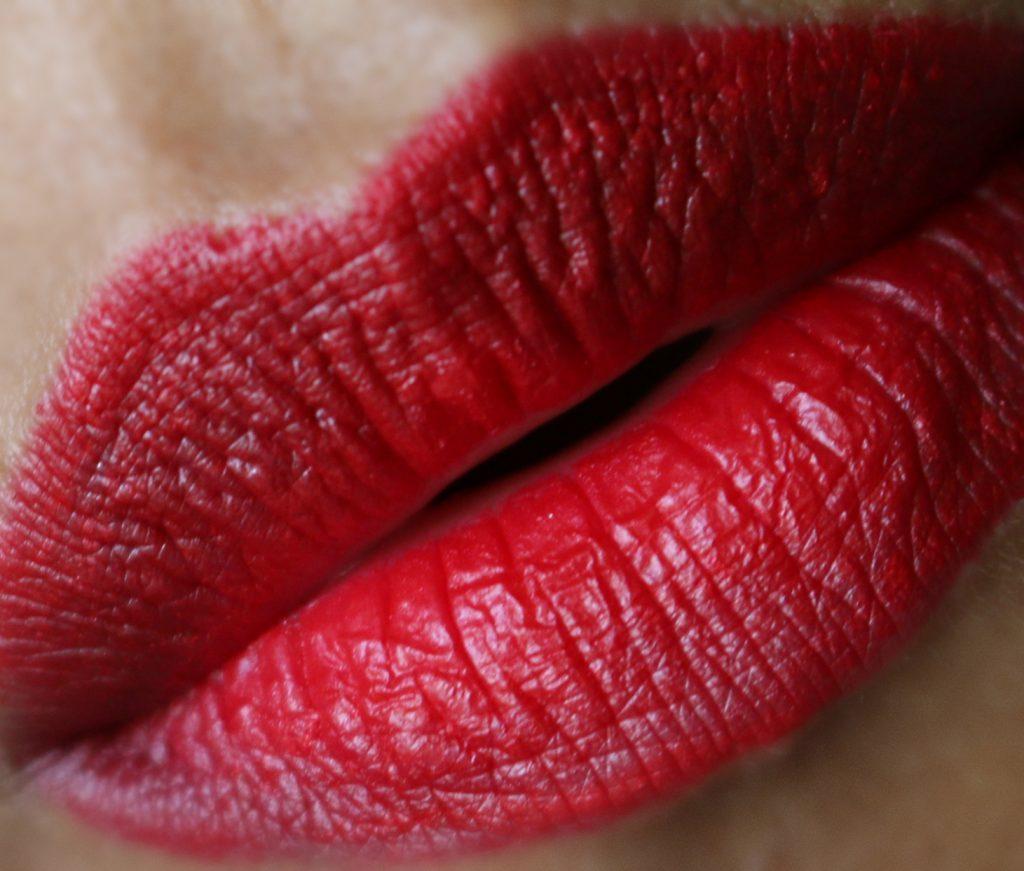 Charlotte Tilbury Lip Cheat Kiss And Tell Lipliner