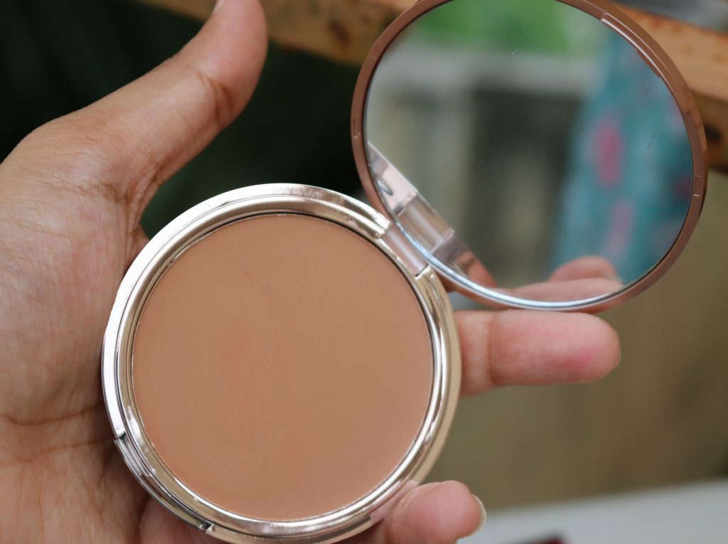 urban decay beached bronzer swatches