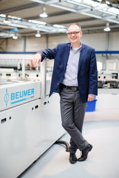 Dr. Christoph Beumer is Chairman and CEO of BEUMER Group based in Beckum. He is the third generation to manage the family business