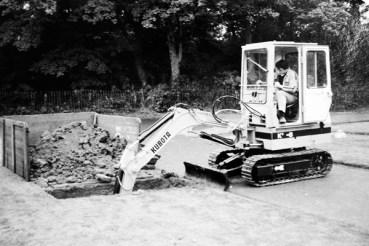 Kubota K8 digging a grave in 1982