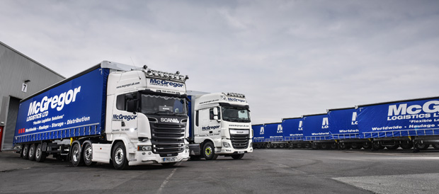 Schmitz Cargobull lifts the curtain for UK premiere of new Fixed Roof Trailers for McGregor Logistics