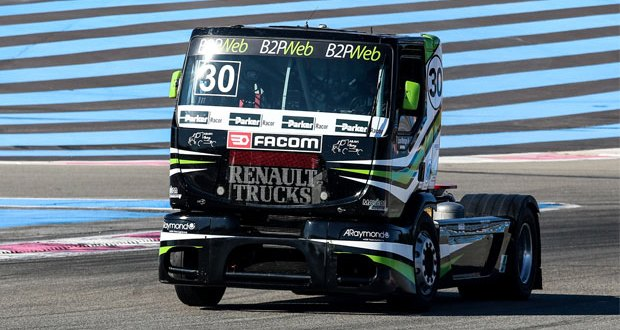 Parker Racor continues its support of Team Aravi truck racing with the supply of advanced fuel filtration solutions