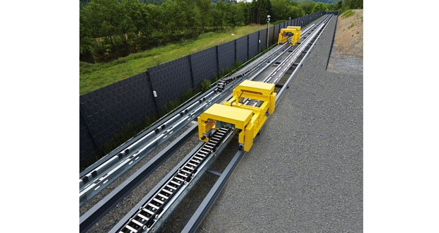 Testing cable carriers in realistic situations – KABELSCHLEPP Metool