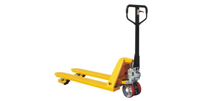 Companies must be prepared for the festive rush says Midland Pallet Trucks