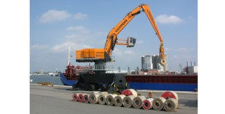 Cooper Specialised Handling supplies world's largest hydraulic crane heads to ABP Port of Garston