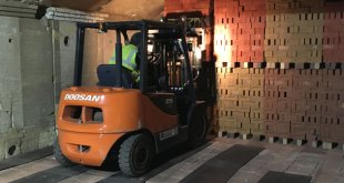 Michelmersh Brick goes for Doosan can do reliability