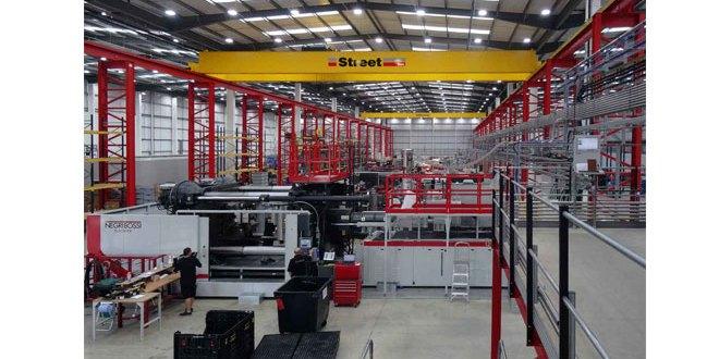 Street Crane helps Formaplex to boost production capacity