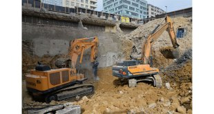 First Hyundai 120-Tonne Excavator put to work on a Major Demolition Project in Europe
