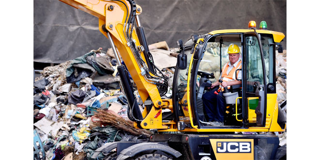 JCB Hydradig versatility fits the bill atHadley Recycling and Waste Management