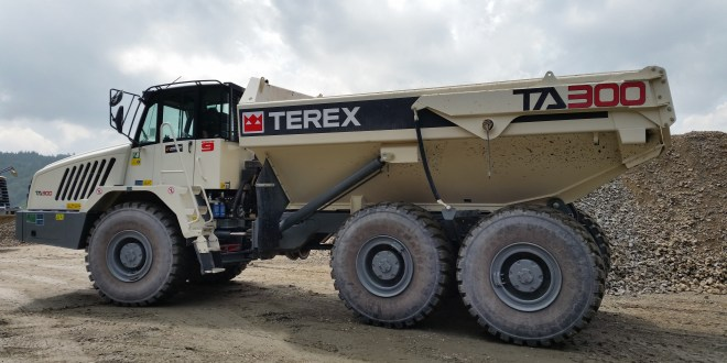 Terex Trucks TA300 makes way for new Czech motorway
