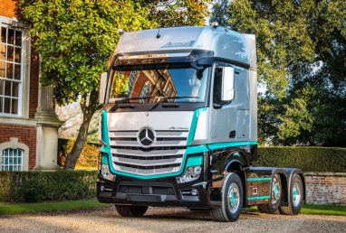 Actros1 showcases Mercedes-Benz Truck