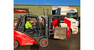 B&B Attachments Provide Handling Solutions to Builders Merchant