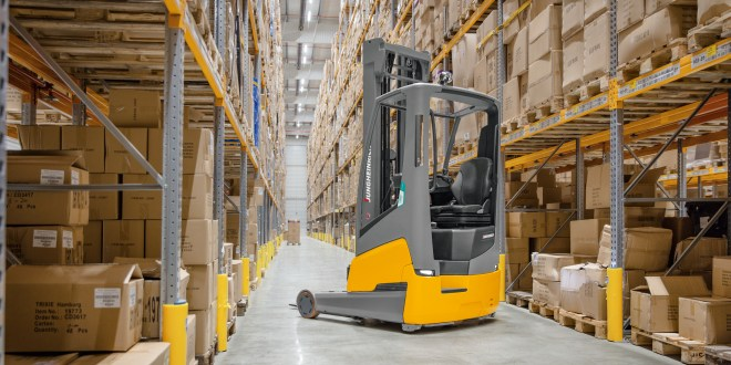 Jungheinrich world premiere of the ETV 216i: The world's first reach truck with built-in lithium-ion battery