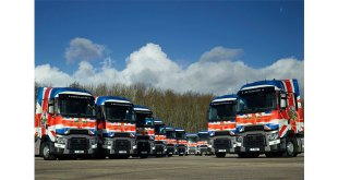 Right hand drive Renault Trucks range T High demo fleet hits the road