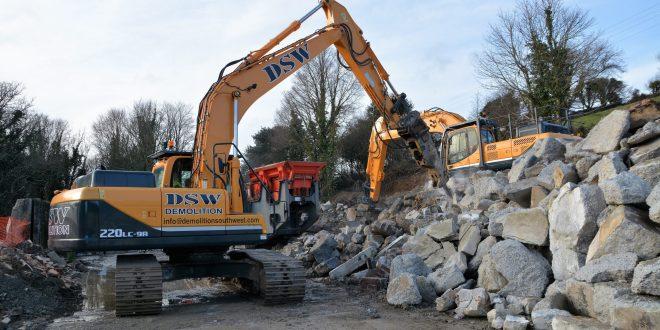 Hyundai help DWS build new Cornish demolition business