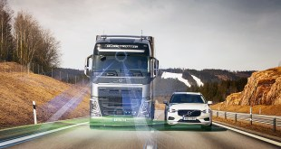 Volvo Trucks introduces its new driver support systems based on Volvo Dynamic Steering