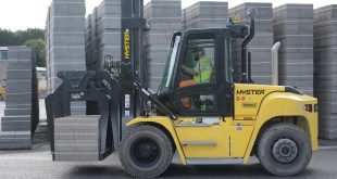 BUILDING BLOCK MANUFACTURER POWERS AHEAD WITH HYSTER LIFT TRUCKS