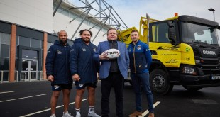 LSS WASTE MANAGEMENT SIGNS UP WITH LEEDS RHINOS