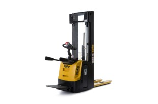 Yale Europe Materials Handling announces its next generation platform stacker
