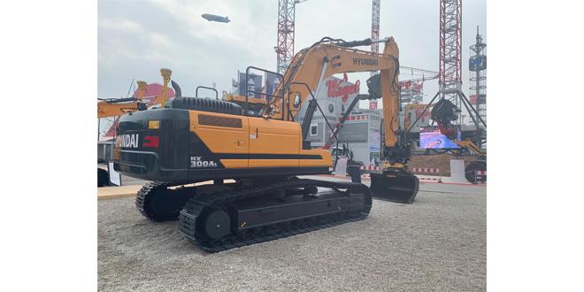 Hyundai Construction Equipment prepare their excavators for Engcon tiltrotators