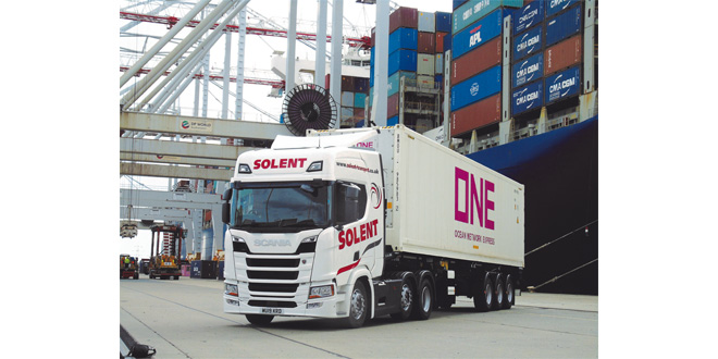 Solent Transport Services specify Krone Box Liners for 'cool' flexibility