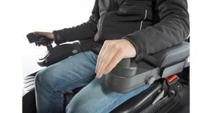 TCM FB Electric 3-4 Wheel Counterbalance Truck Ensures Operator Comfort 1