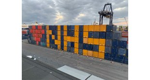Port of Tilbury Quay workers pay tribute to KeyWorkers and the NHS