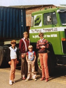 Emma and Olly with parents as children