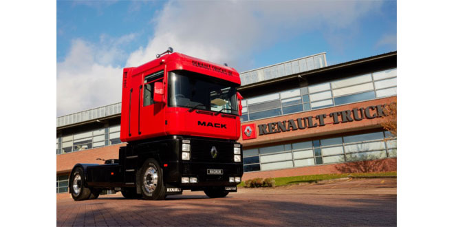 RENAULT TRUCKS CELEBRATES 30 YEARS OF THE ICONIC MAGNUM