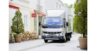 Sales of the all-new FUSO Canter begin in Britain