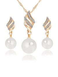 Pearl Necklace Earrings Set - fashionMia.com