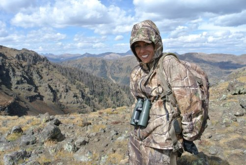 mia-anstine-wearing-layers-camouflage-hunting-hank-anstine-photo