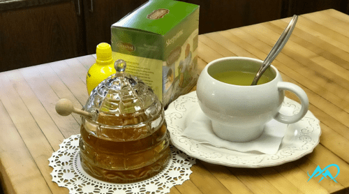 bee-hive-honey-pot-lemon-tea-mia-anstine-mac-outdoors