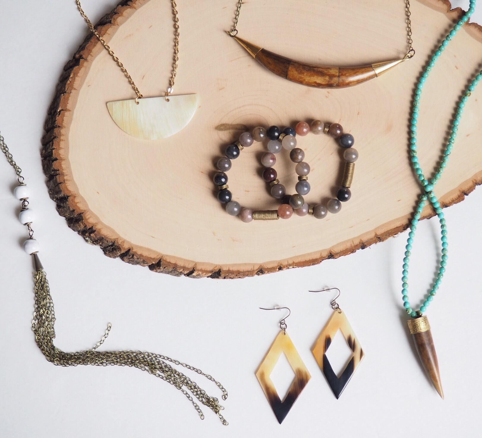 ethical accesories made by artisans