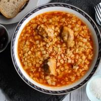 Hilopites with chicken (Κοτόπουλο κοκκινιστό με χυλοπίτες)