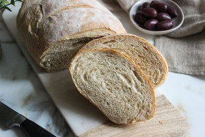 Part whole wheat flour bread with honey
