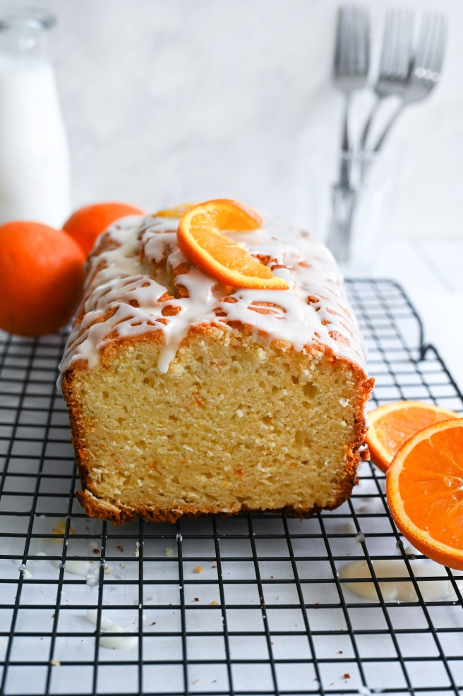 Greek yogourt cake with orange