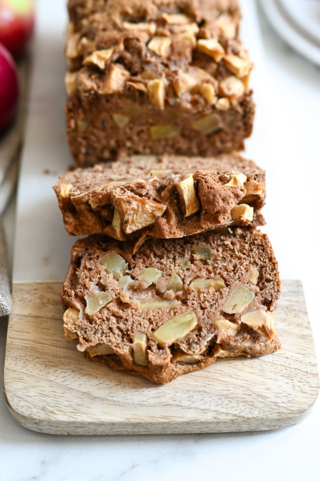 A wholesome apple cake which is vegan, fat-free, and sweetened with maple syrup.