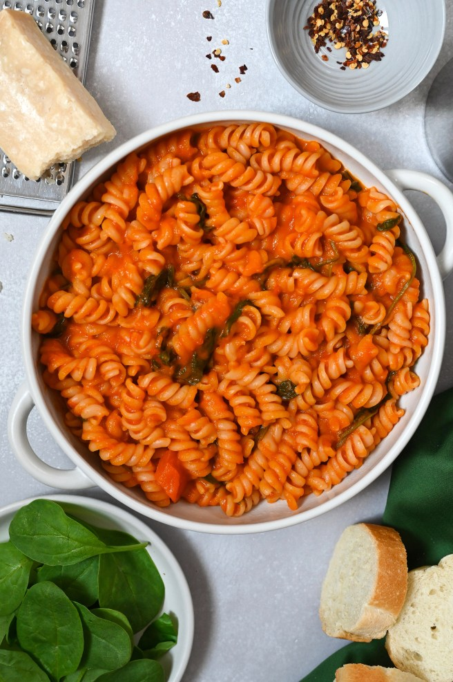 An easy pasta recipe with a smooth and spicy tomato and red pepper sauce