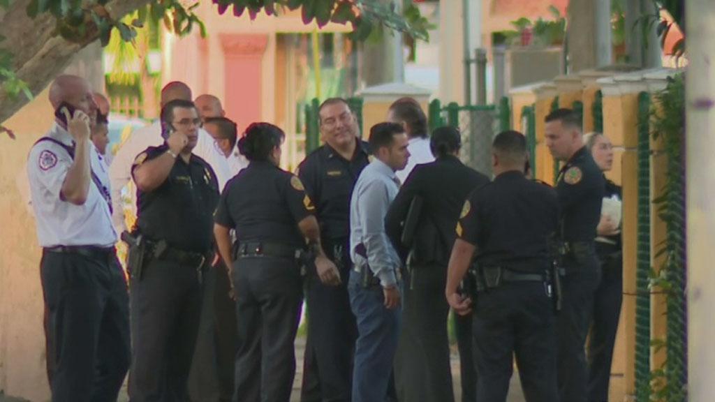Firefighter Found Dead Inside Fire Station Cbs Miami
