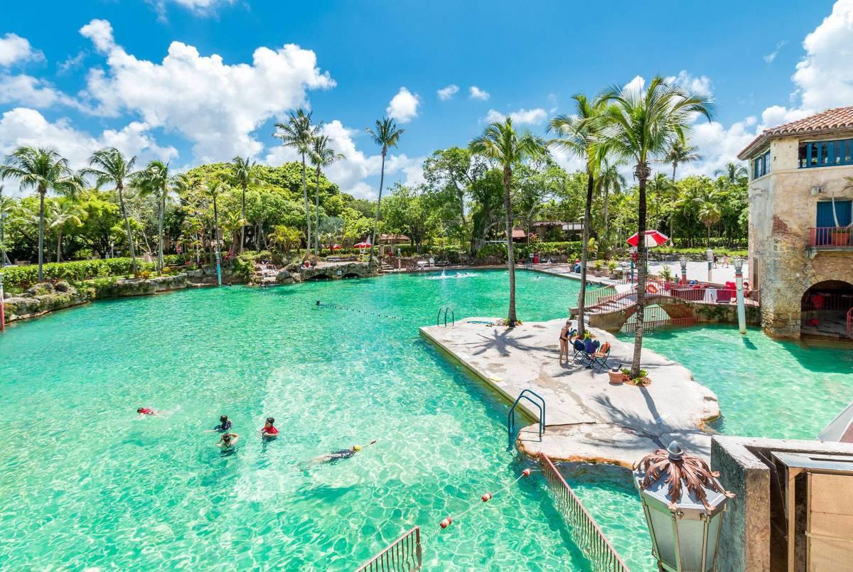 Venetian Pool Une Piscine 224 L Eau De Source Guide De Miami