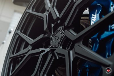 Maserati-Ghibli-Vossen-Forged-M-X3-©-Vossen-Wheels-2018-1011-1047x698